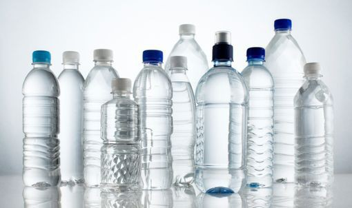 offrir de l'eau aux sans-abris