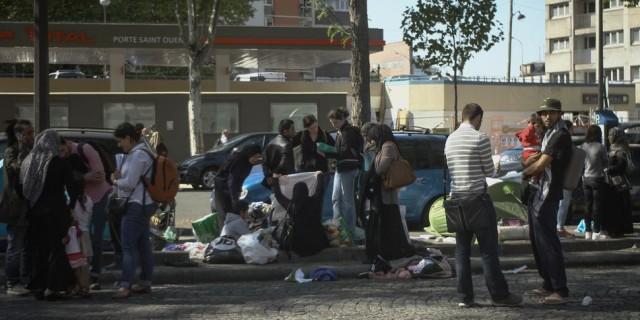 réfugiés syriens porte de Saint-Ouen 2.jpg