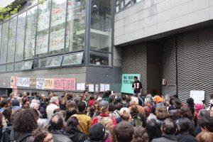 rassemblement avant expulsion lycée Jean Jaurès b